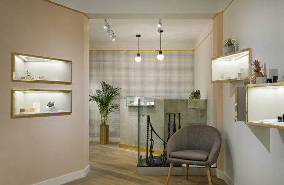 House of Sylphina commercial interior design for Astrid and Miyu flagship, London. Contemporary millennial pink showroom with gold trim.